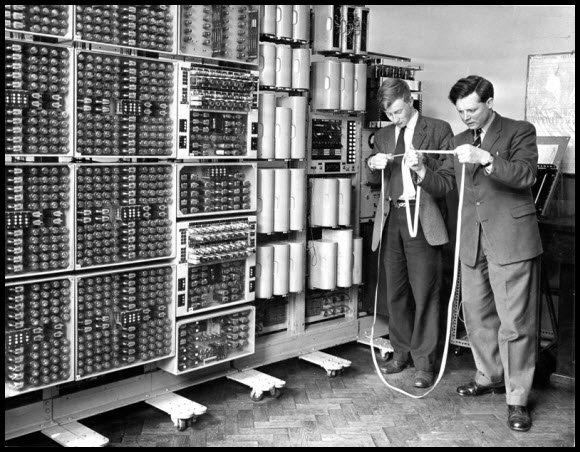 1940'S COMPUTER.jpg