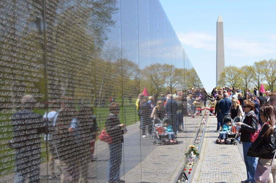Vietnam-Veterans-Memorial-Washington-DC.jpg