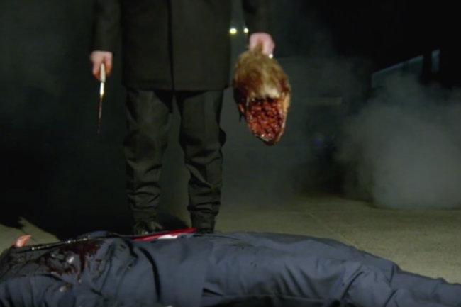 marilyn-manson-decapita-a-un-hombre-en-su-nuevo-video-y-todo-indica-que-esdonald-trump-2.jpg