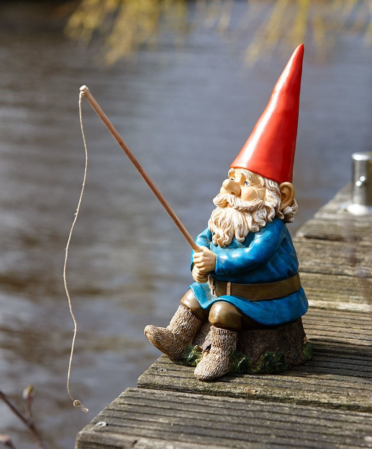 gnome-with-fishing-rod.jpg